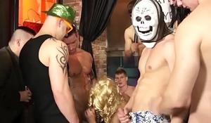 Amateur euros bareback assfucking at party