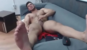 WaynnePrice. Just a hot muscular boy, here to have a great time with you!