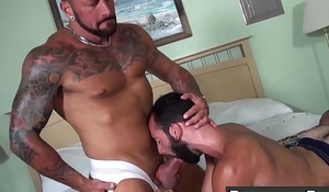 Hairy and tattooed Hugh Hunter rimms ass and gets hammered