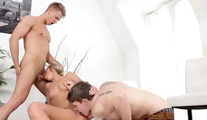 Blonde babe Jenny is ready for some action with two bi dudesp