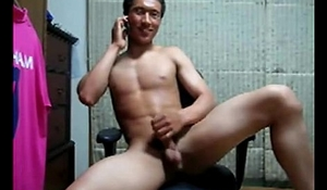 Sexy Korean Dude With Muscle On Cam