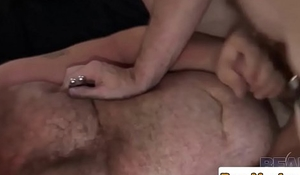 Leather fetish bear banging chubs tight ass