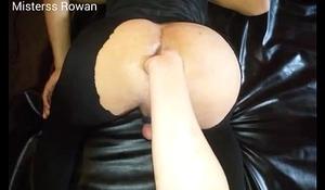 Mistress Rawan fisting slave