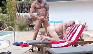 Flaxen of a male effeminate Leo Luckett rimmed and fucked at the end of one's tether Dolf Dietrich