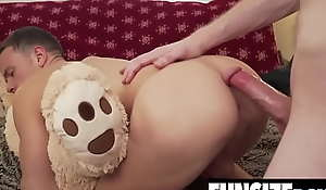 Teddy bear tiny twink boy gets tight hole unconvincing by big dick daddy-FUNSIZEBOYS.NET